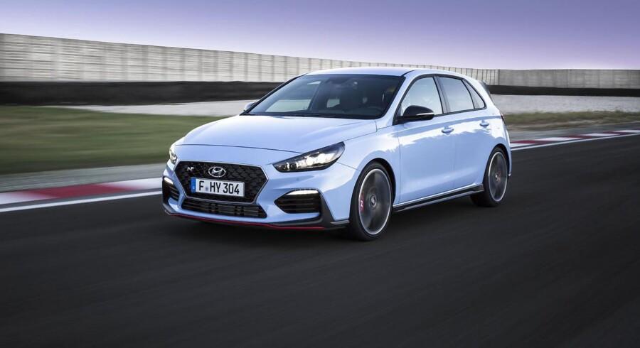 Hyundai har sat alle sejl til for at gøre den første N-model, i30 N, til en ægte sportsmodel. Den fås med 250 eller 275 hk