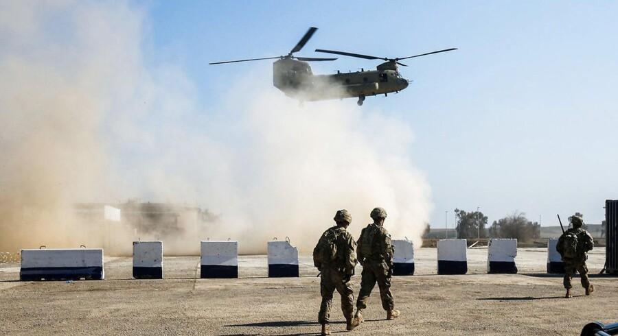 Arkivfoto: Irakiske styrker har torsdag morgen indledt en offensiv mod Islamisk Stat i lufthavnen i den irakiske storby.