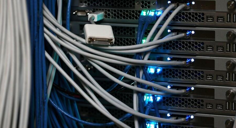 Der må ikke gøres forskel på internettrafikken, så nogen får plads i overhalingsbanen til deres tjenester, fastslår en amerikansk domstol, der dermed bakker præsident Barack Obama op. Arkivfoto: Michael Bocchieri, Getty Images/AFP/Scanpix