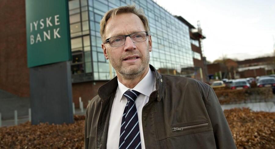 Jyske Bank-topchef Anders Dam kan notere markant fremgang i 2017, drevet af et stigende boligudlån. Han vil hellere fastholde priserne på boliglånene end at forkæle aktionærerne.