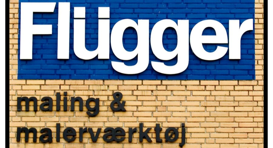 Der er uenighed om hvor ansvaret skal placeres, i en sag om IT som Flügger mener kostede dem 100 mio. kroner.