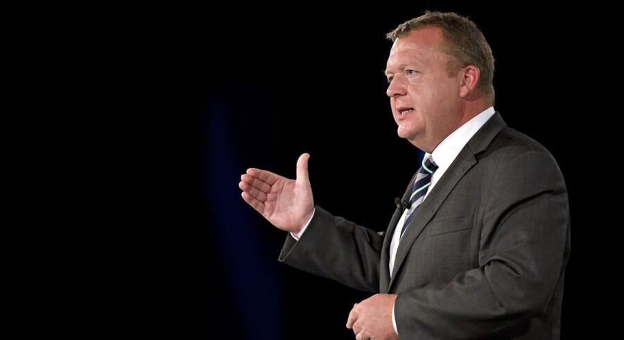 Arkivfoto. Venstres formand, Lars Løkke Rasmussen (V), vil undgå at blive anklaget for løftebrud, når det kommer til diskussionen om udgiftsstop i den offentlige sektor.