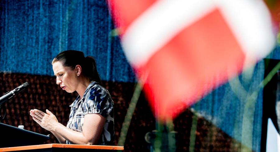 Formand for Socialiademokraterne, Mette Frederiksen, holder grundlovstale d. 5.6.2016, Rødding Højskole. (Foto: OLE JOERN / redstar/Scanpix 2016)