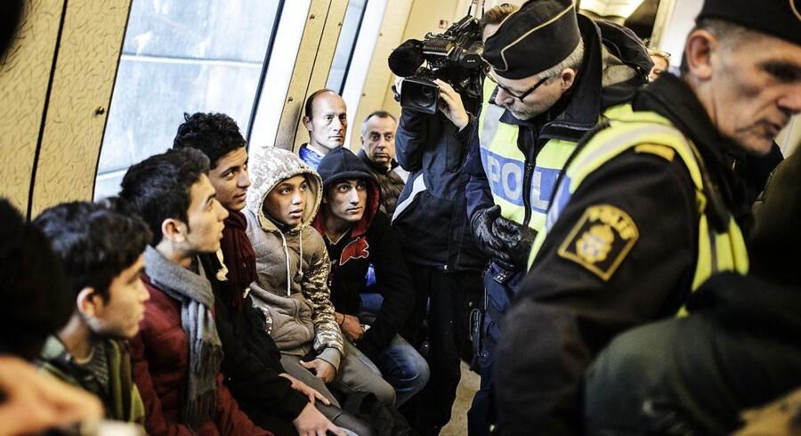Flere end en halv million uregistrerede flygtninge og nytårsnatten i Köln er blandt årsagerne til, at et flertal af tyskerne ønsker den nationale grænsekontrol tilbage.