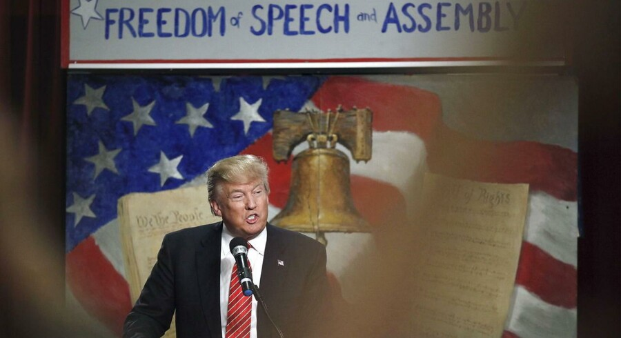 Donald Trump talte ved et møde hos Tea Party-bevægelsen i Myrtle Beach, South Carolina i weekenden.