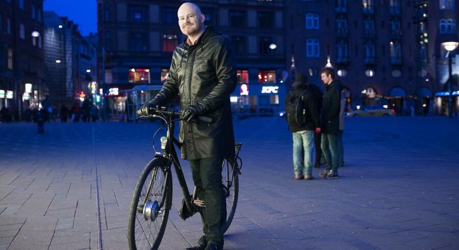 Københavns teknik- og miljøborgmester, Morten Kabell (EL), ønsker at gøre København til en bedre by for de bløde trafikanter, men han mener, at Københavns Politi uretmæssigt spænder ben for hans ambitioner, når de ikke vil godkende trafikale ændringer i hovedstaden.