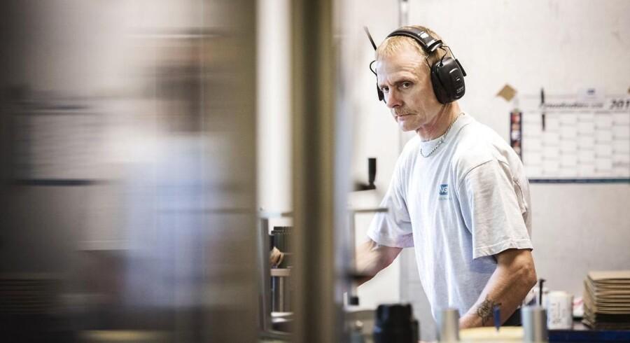 """Lars Larsen, 56 år, Industriarbejder: """"Jeg kan ikke se mig selv arbejde, når jeg er 67. Til den tid vil jeg være nedslidt."""""""