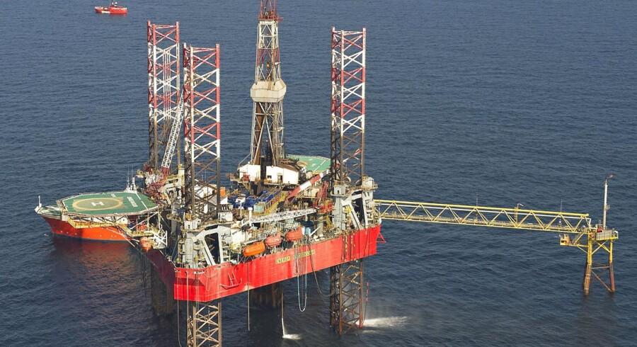 Olie- og finanssektoren er de to industrigrupper, der vil klare sig bedst på næste års aktiemarked.