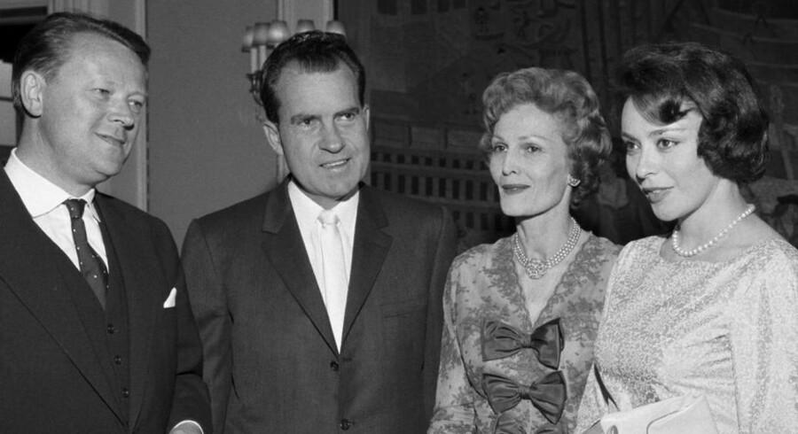 Jens Otto Krag og Richard Nixon med fruer i København 1962.
