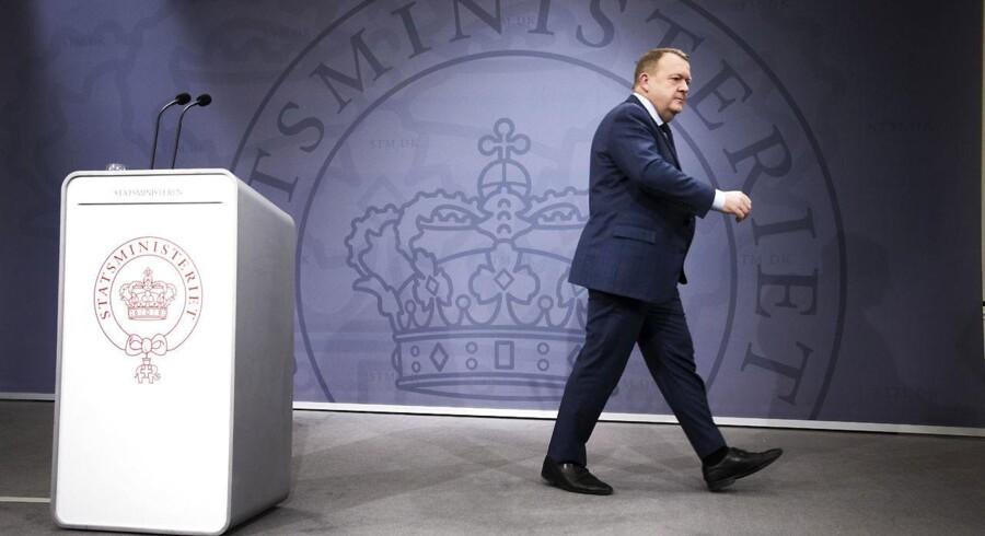 Statsminister Lars Løkke Rasmussen holdt i går aftes pressemøde i spejlsalen. (Foto: Jens Astrup/Scanpix 2017)