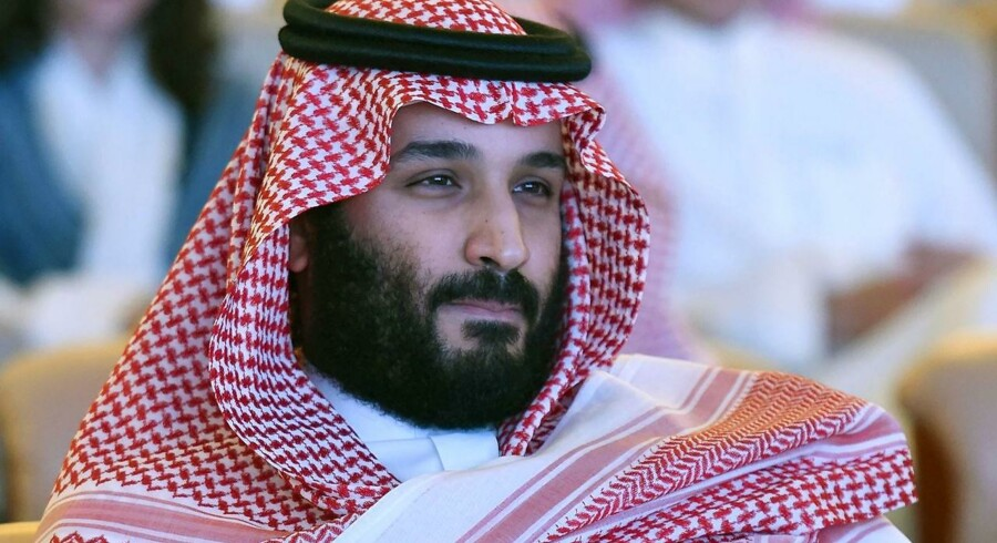 Anholdelserne skete, blot timer efter at kronprins Mohammed bin Salman havde godkendt en ny antikorruptionskommission i Saudi -Arabien, skriver AFP.