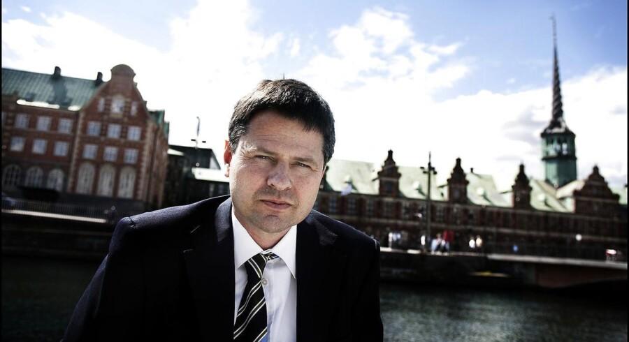 Finanstilsynet har besluttet at gå ind i sagen om skattely via Panamaselskaber. Det siger tilsynets direktør, Jesper Berg.