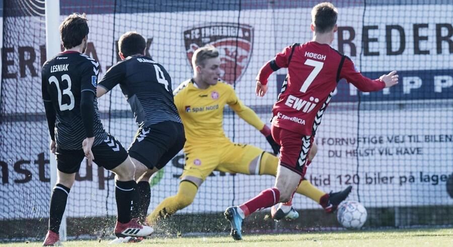 Dennis Høegh scorede sit første mål i kampen, da han gjorde det til 1-0 efter et kvarter. Scanpix/Claus Fisker