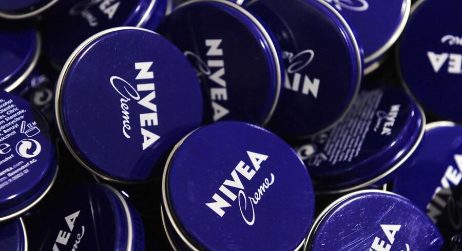 Nivea er blevet bekyldt for racisme i kølvandet på en Facebookkampagne.