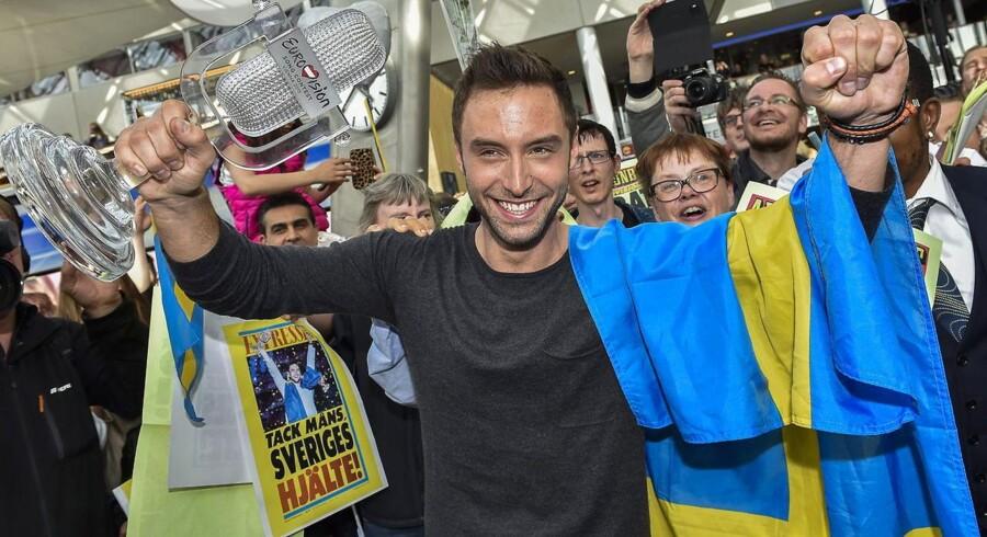 Svenske Måns Zelmerlöw efter sejren i Eurovision Song Contest.