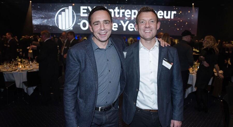 EY Entrepreneur of the Year i Bella Center. Vinder af region Midtjylland, Dansk Ingeniørservice.De to direktører, Michael Gadeberg og Søren Bunk. Den 24. november 2016.