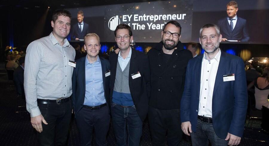EY Entrepreneur of the Year i Bella Center. Vinder af region København, Lagkagehuset. Med sorte briller ses dir. Jesper Friis. Den 24. november 2016.