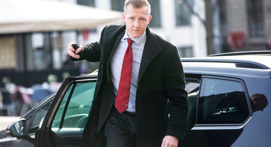 Anklager Jakob Buch-Jepsen ankommer før procedure i ubådssagen i Københavns byret mandag d. 23. april 2018.