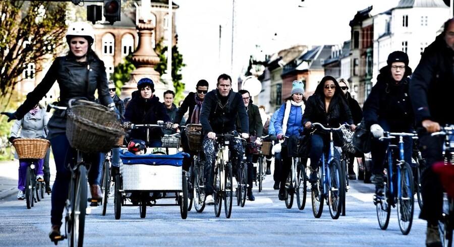 Forslaget om at tillade super elcykler på cykelstierne i byerne møder kritik fra Cyklistforbundet. (Arkivfoto)