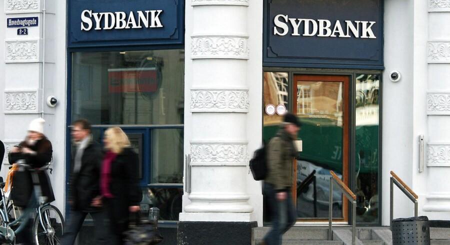 """Sydbank sluttede et """"meget tilfredsstillende"""" 2016 af med sit største overskud siden 2007 og en stor vækst i udlodningen til aktionærerne. Til gengæld er det ikke helt sikkert, at 2017 igen vil give fremgang på bundlinjen."""