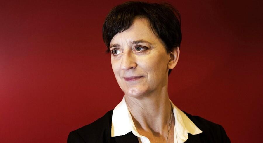 Charlotte van Burleigh er chef for Coca-Cola Danmark, som er i gang med en stor relancering af den ikoniske flaske.