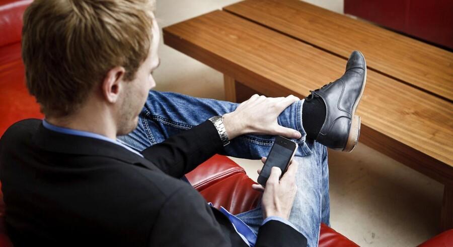 Flere og flere danskere shopper på mobilen.