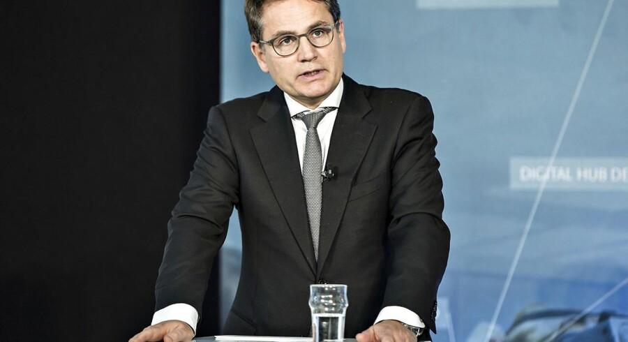 Erhvervsminister Brian Mikkelsen vil bruge anbefalinger fra udvalg til at skabe levedygtige landsbyer.