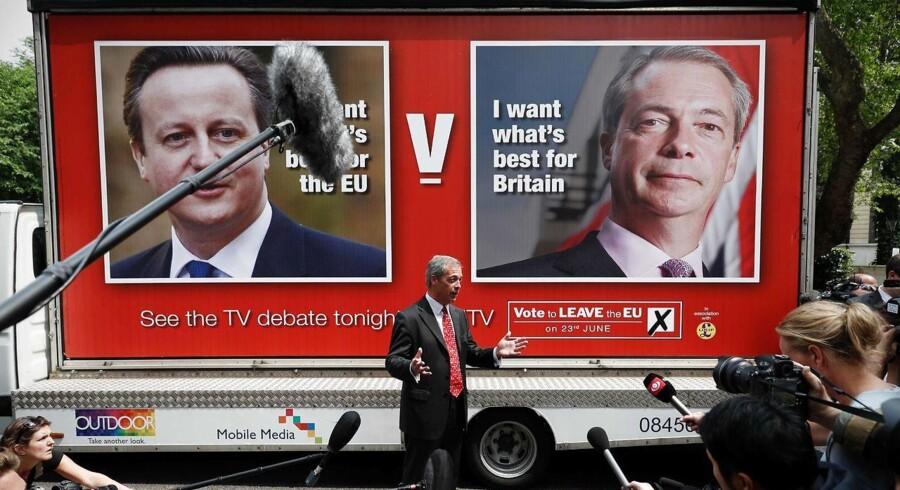 ITVs lidt bizarre debatformat gav både politikere og spørgere lang snor, mens den kvindelige vært tilsyneladende ikke var tiltænkt nogen styrende rolle overhovedet ud over at holde tiden og at fordele spørgerollerne blandt publikum.