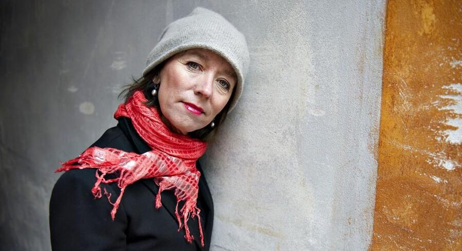 Sangerinden og sangskriveren Anne Dorte Michelsen er en stor fan af det danske kvindelandshold og er en af initiativtagerne til den nye Folkefond for Kvindefodbold.