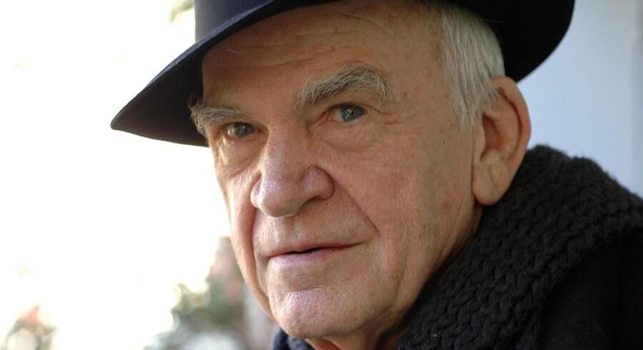Milan Kundera vender tilbage som romanforfatter efter 14 år med essays.