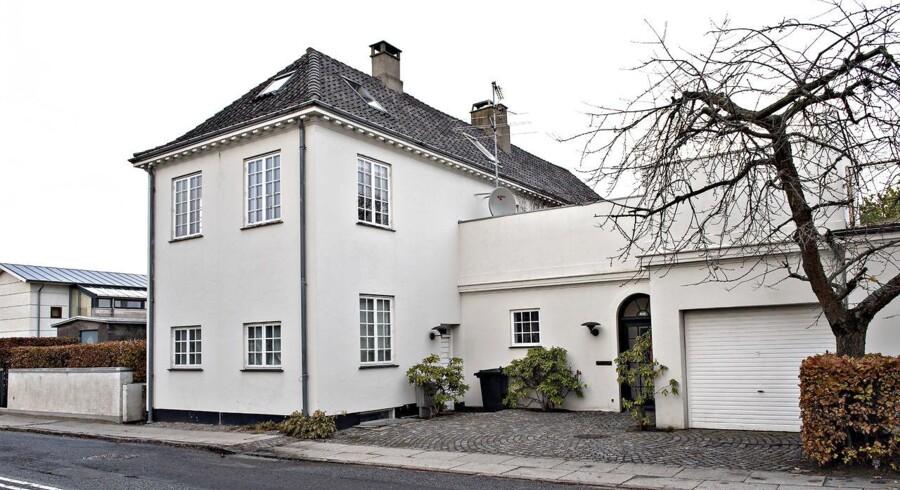Afdøde Jan Fogs villa på Strandvejen 632 i Klampenborg.