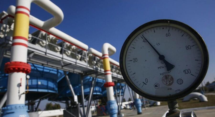 Gazproms omsætning fra gas leveret til energiselskabets hovedmarked, Europa, faldt i 2015 med over 25 pct. til omkring 38 mia. dollar.