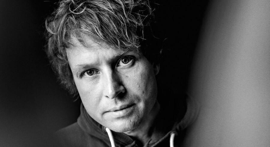 Tomas Lagermand Lundmes »Alt er mit« portrætterer detaljerigt postpunkergenerationen.
