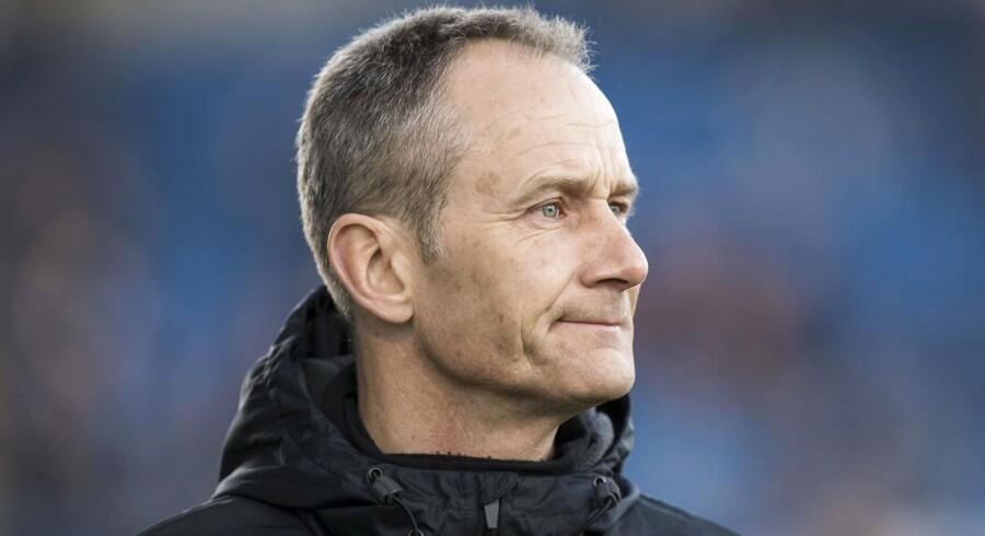 """Arkivfoto. Lars """"Lungi"""" Sørensen har skærpet tonen over for spillerne i Esbjerg, der lørdag skal forsøge at slå Horsens."""