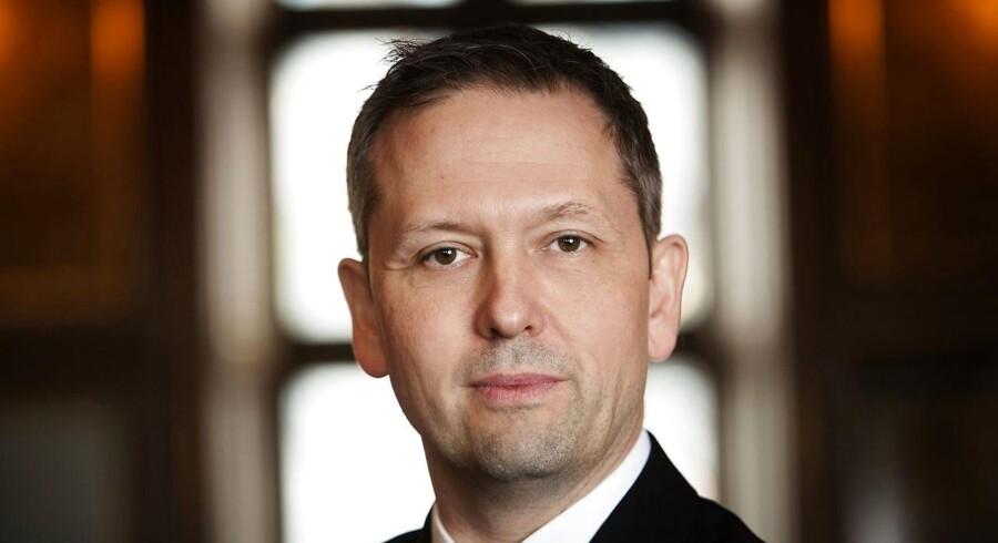 Selv om antallet af personer på offentlig ydelse i Danmark er det laveste siden 2008, er det stadig for højt, mener Steen Bocian, cheføkonom i Dansk Erhverv: »Jeg vil stille spørgsmål ved, om det er humanistisk at ekskludere 700.000 mennesker i den erhvervsaktive alder fra arbejdsmarkedet.«