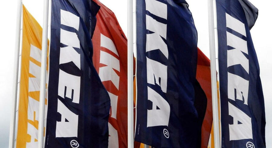 Ikeamøbler har siden 1989 kostet seks mennesker livet på det nordamerikanske marked, og møbelkæden har derfor trukket mindst 27 millioner kommoder og skabe tilbage.