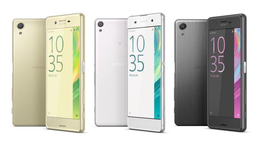 Sonys nye Xperia X-telefoner skal fange dem, der ikke går efter de allerdyreste telefoner men alligevel vil kunne det meste. Foto: Sony
