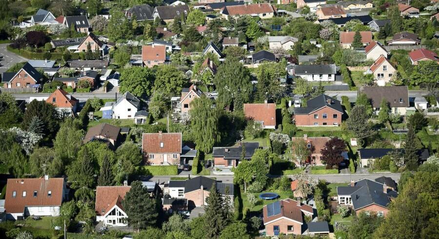 Friværdien i et dansk parcelhus er nu på cirka 680.000 kroner.
