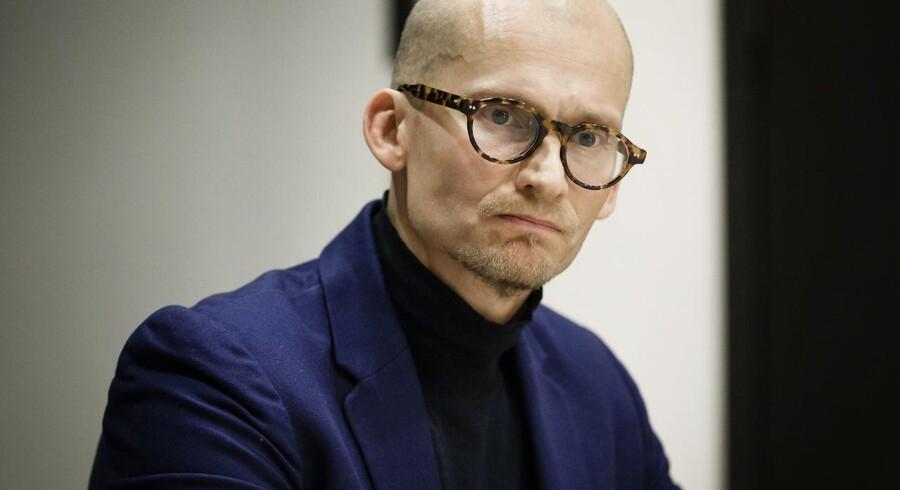 Christian Stadil holder pressemøde om sagen om bortvisningen af direktør Søren Schriver. Tilstede er også advokat Christian Th. Kjølbye fra Plesner. 22. februar 2017.. (Foto: Jens Astrup/Scanpix 2017)