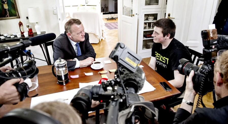 Statsminister Lars Løkke Rasmussen besøgte under valgkampen i 2015 Kasper, der har været på Løkke Fondens drengeakademi. Her får unge drenge, der har det svært i skolen, redskaber til at klare sig bedre.