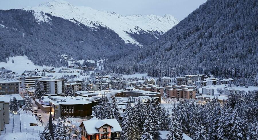 EU og USA vil forhandle videre om en ny dataudvekslingsaftale på sidelinien under det verdensøkonomiske topmøde i Davos i Schweiz (billedet) torsdag. Der er nemlig voldsomt pres på for at få en aftale på plads inden månedens udgang. Foto: Ruben Sprich, Reuters/Scanpix