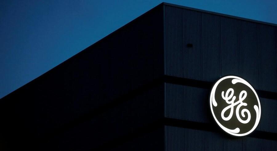 General Electrics logo ses her på deres store »offshore(hav)« vindturbine.