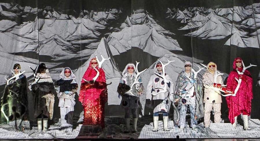 Hotel Pro Forma ved Kirsten Dehlholm gæstespiller på Det Kongelige Teater.