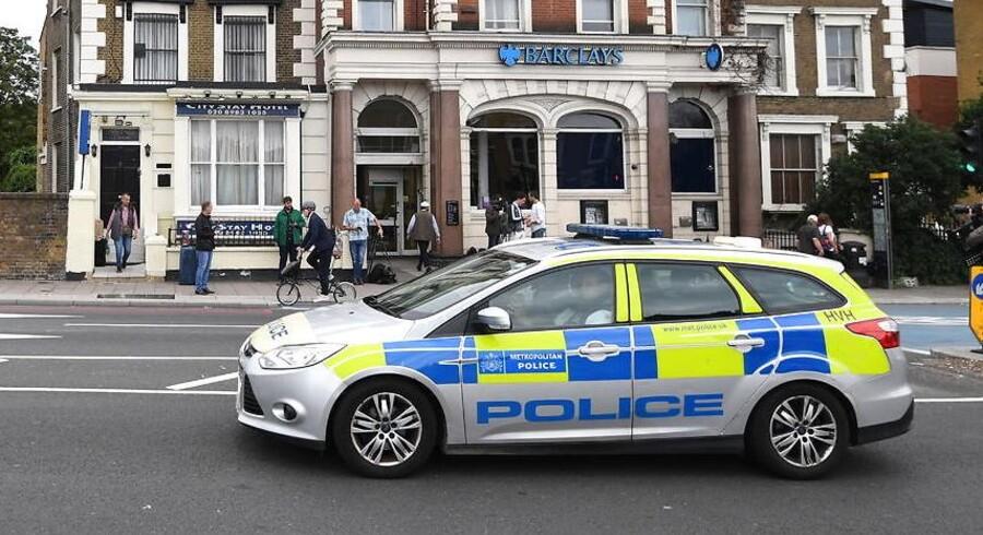 En moské i London er blevet påkørt.