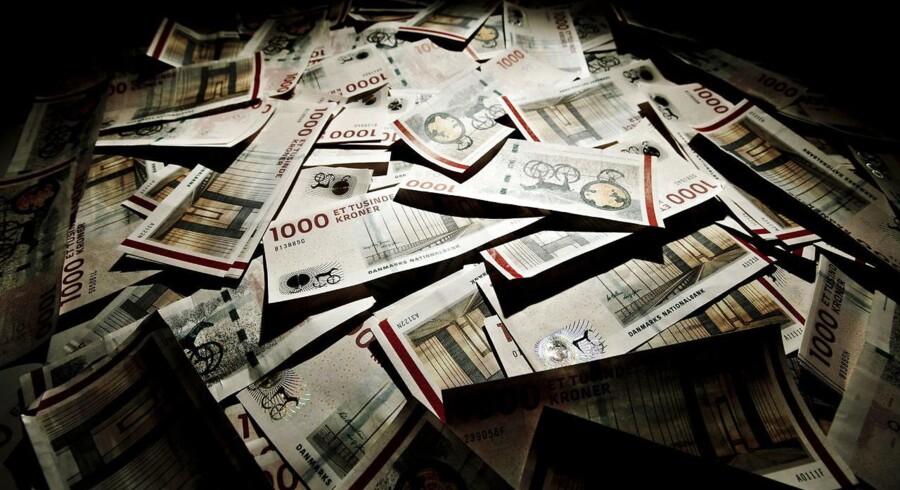 Venstre, Socialdemokratiet og Dansk Folkeparti er klar til at se på, om 1000 krone-sedlen skal droppes.