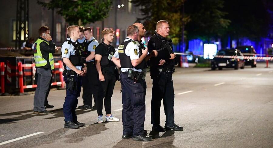 Politiet til stedet ved Bolsjefabrikken i Ragnhildsgade på Nørrebro i København, onsdag aften den 19. september 2018. (Foto: Bax Lindhardt/Ritzau Scanpix)