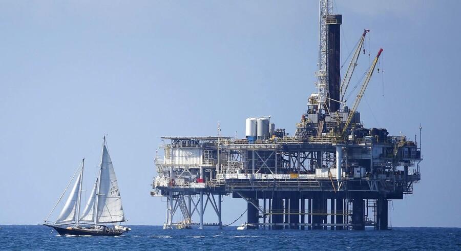 Arkivfoto: Offshore-olieplatform i Californien.