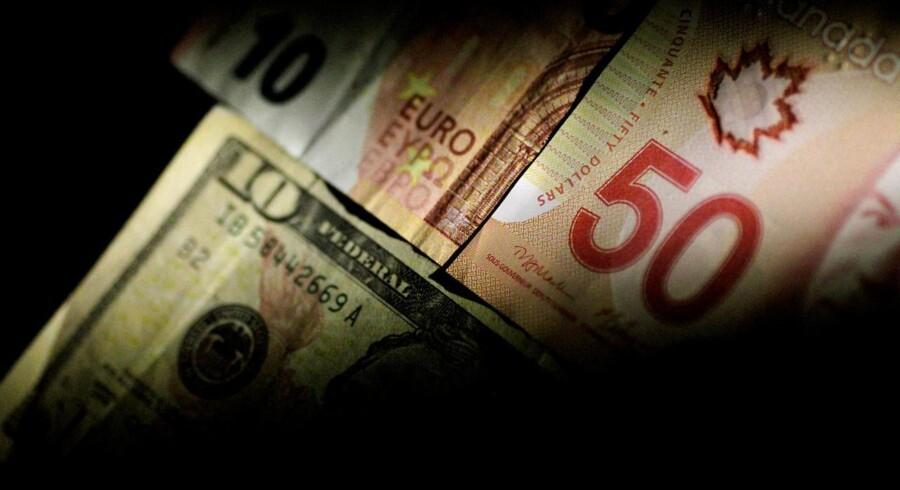 Torsdag middag koster euro 1,1735 dollar mod 1,1675 dollar onsdag aften og 1,1685 dollar torsdag morgen.