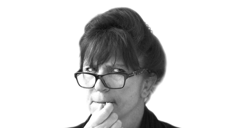 »Alt kan ikke pyttes væk. Ikke vigtige sager, som fx når transaktioner for 960 milliarder kroner gennem Danske Banks »etiske« filial – som B.T. stavede det – undersøges for hvidvask,« skriver Susanne Staun.