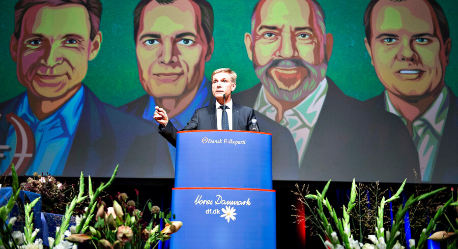 Dansk Folkepartis partiformand Kristian Thulesen Dahl på talerstolen ved DF's Årsmøde.
